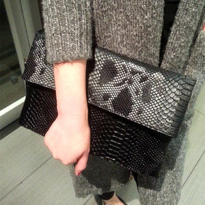 TopHigh Clutches - Black / (20cm<Max Length<30cm) | HERS.BOUTIQUE