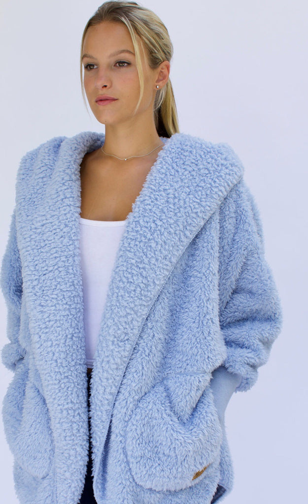 Nordic Beach Wrap in Cashmere Blue