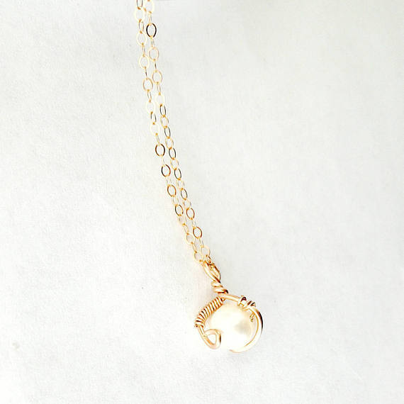 Beautiful 14k Rose Gold Freshwater Pearl Necklace