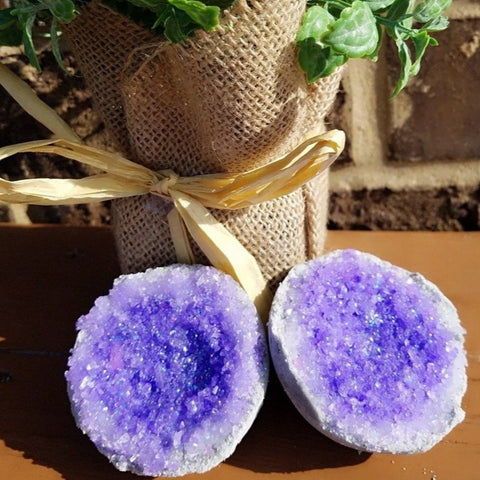 Amethyst Geode Bath Bomb    --Vegan Friendly--