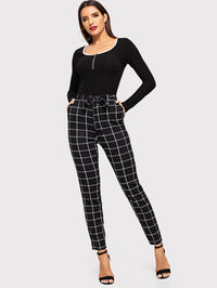 Skinny Grid Pants With Belt