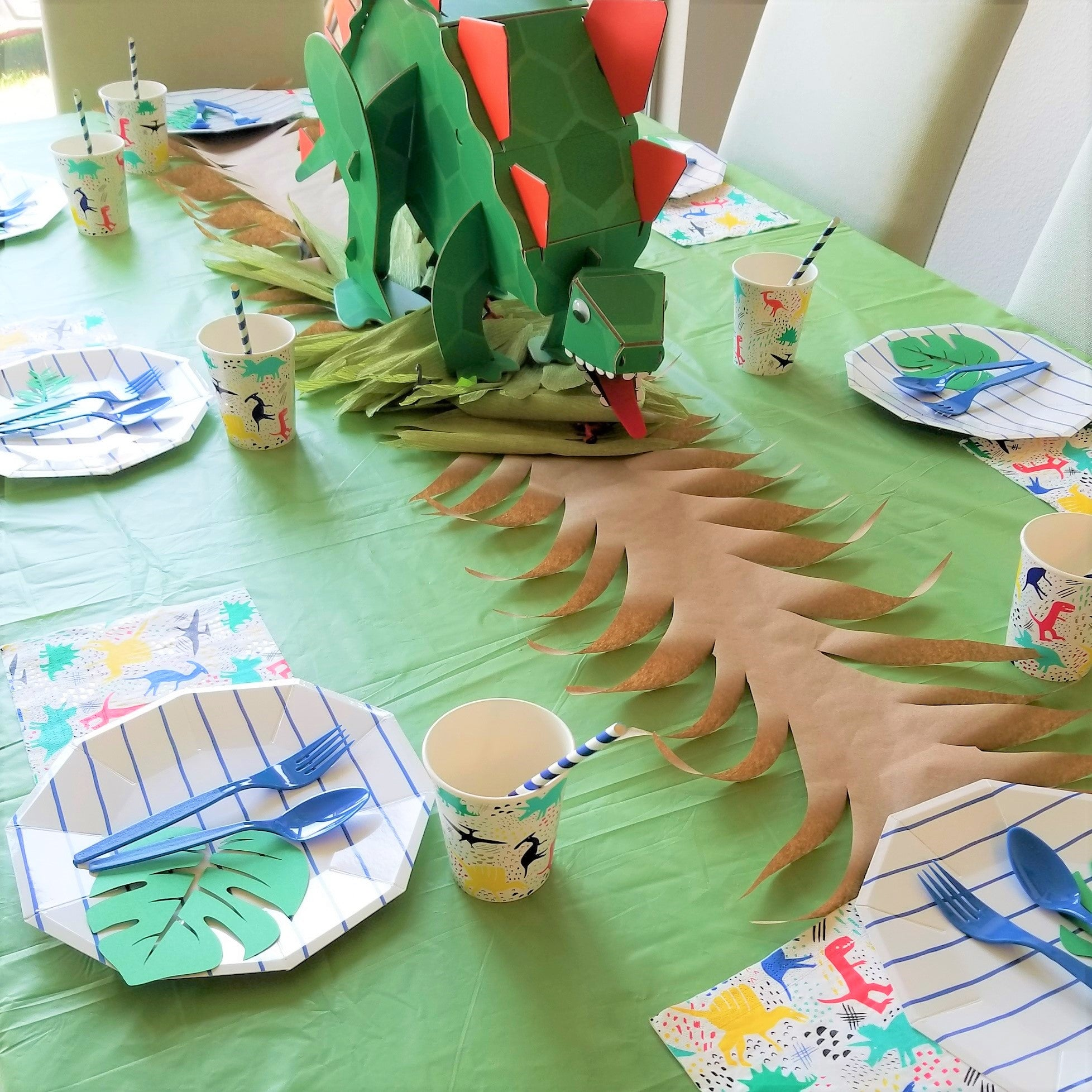 Roaring Stegosaurus Party Centerpiece