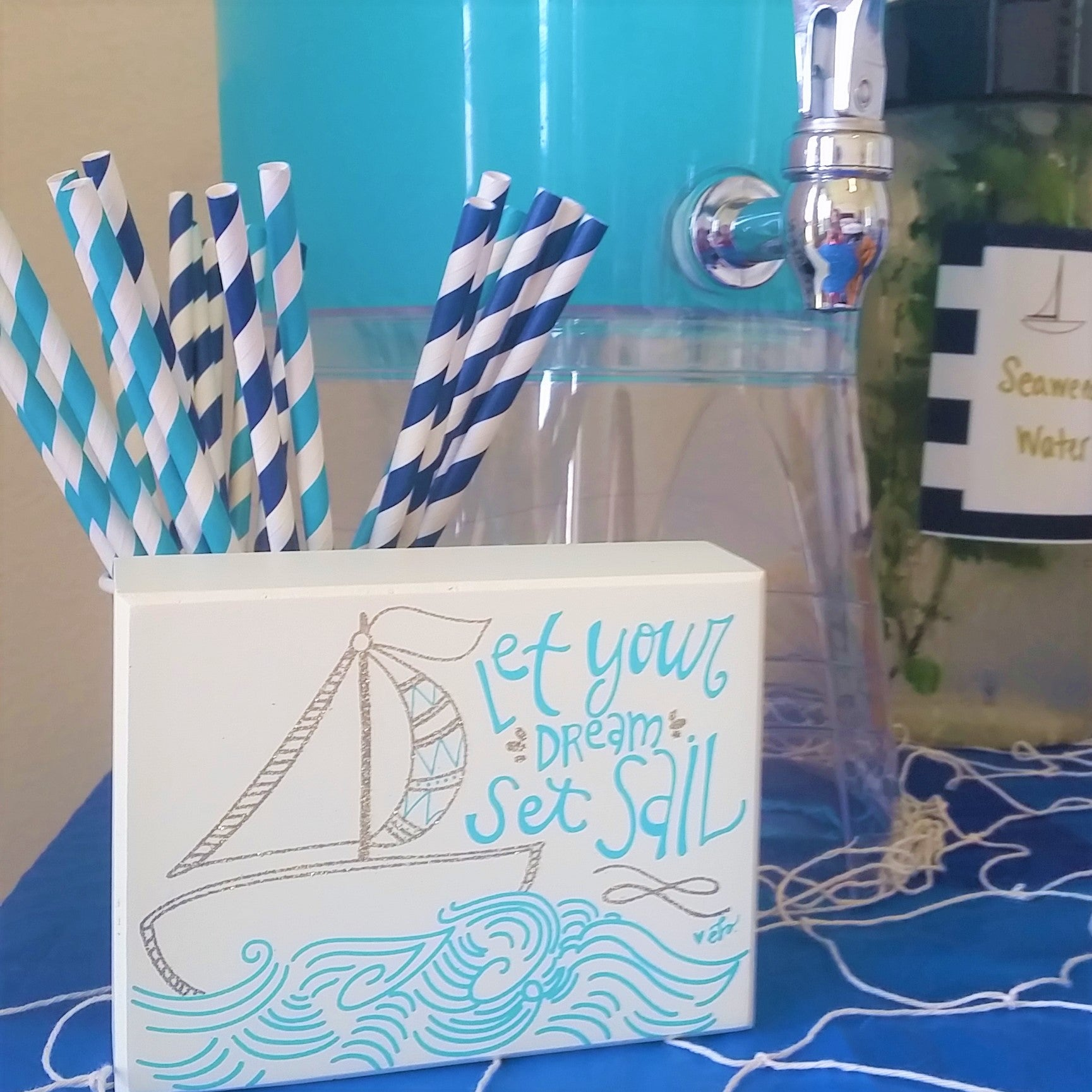 Sailor Party Drinks, Party Blue Drink, Nautical Party Food, Nautical Party Decor