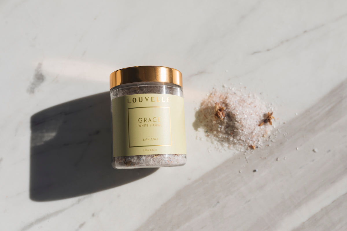 Grace White Floral Bath Soak