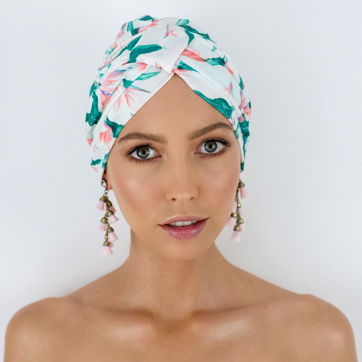 AMELIE shower cap in Hawaiian Bird of Paradise