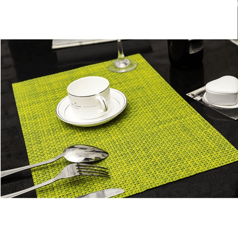 A King's Banquet Dining Mats (4 Pcs) Green table mat