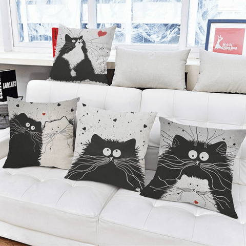 Scaredy Cat Sofa Cushion Cover Curious Kitty cushion cover