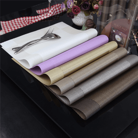 Sumptuous Feast Dining Mats (4 Pcs) Gold table mat