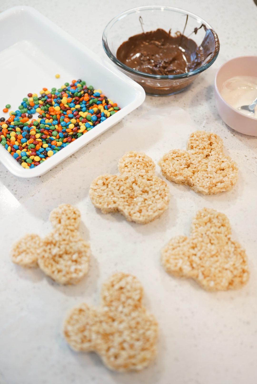 Mickey Rice Krispie Treat Recipe - DISNEY SNACKS AT HOME
