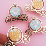 Spinning Pumpkin Carriage Keyring / Pin