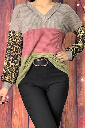Color block waffle knit top w/leopard bubble sleeves