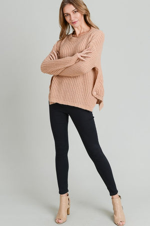 RED BEAN ROUND NECK CABLE KNIT SWEATER