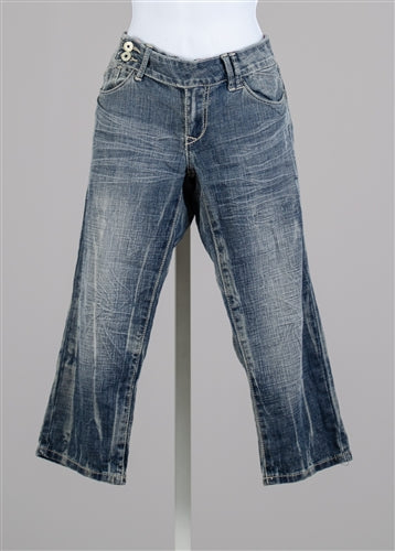 Side Button Distressed Denim Capri Pant
