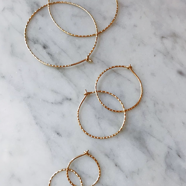 LUSH JEWELRY - SMALL HAMMERED HOOP