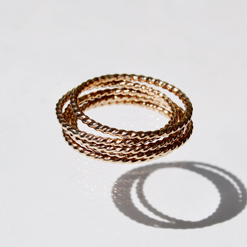 FOXYCAT JEWELRY - TWISTED STACKER RINGS (SET OF 5) GOLD