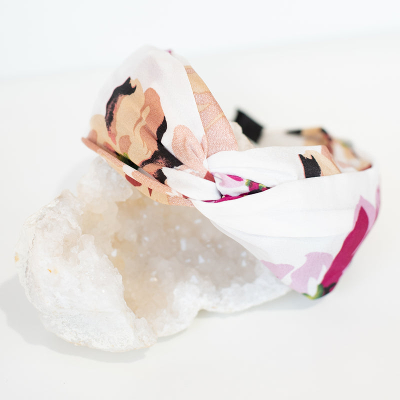 & EVERYTHING NICE BEBE - PINK FLORAL HEADBAND