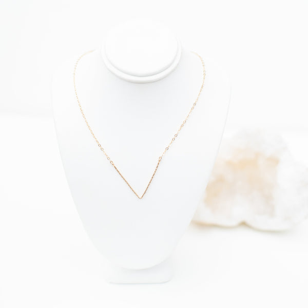 LUSH JEWELRY - V CHAIN NECKLACE