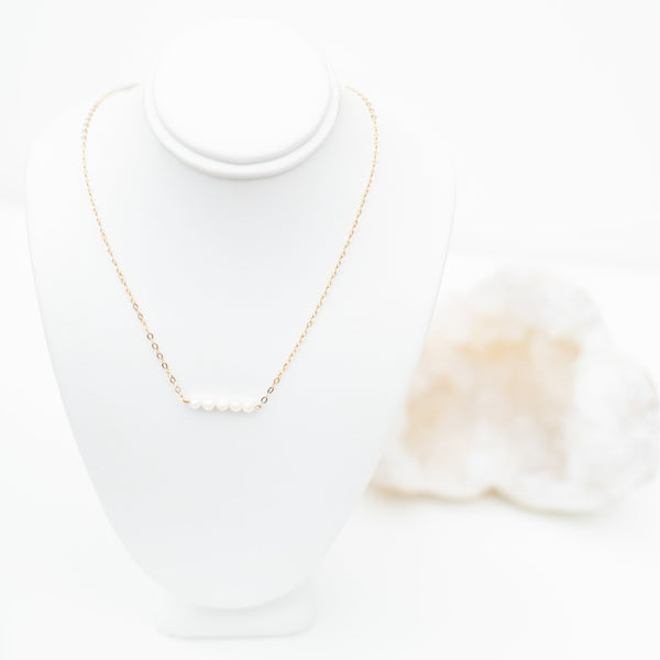 LUSH JEWELRY - PEARL BAR NECKLACE