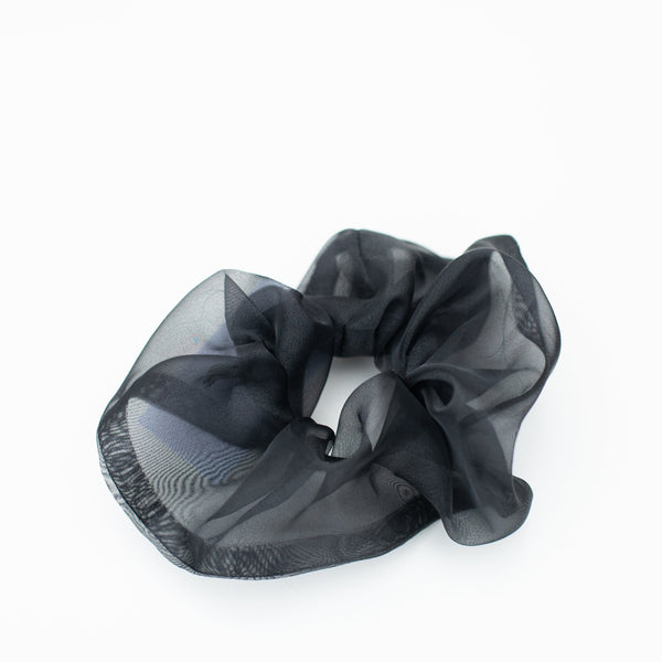 & EVERYTHING NICE BEBE - BLACK SHINE SCRUNCHIE