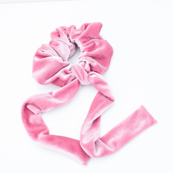 & EVERYTHING NICE BEBE - PINK VELVET SCRUNCHIE