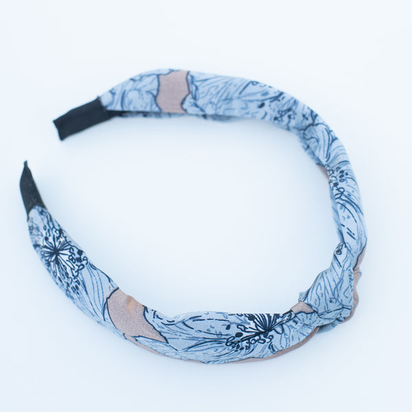 & EVERYTHING NICE BEBE - NUDE FLORAL HEADBAND