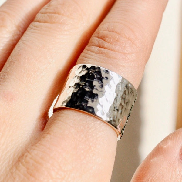 FOXYCAT JEWELRY - CIGAR BAND RING SILVER