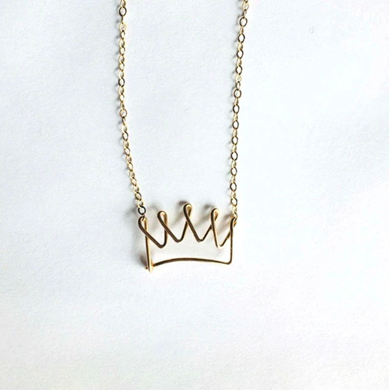 WIRED FOR FREEDOM - CROWNED NECKLACE