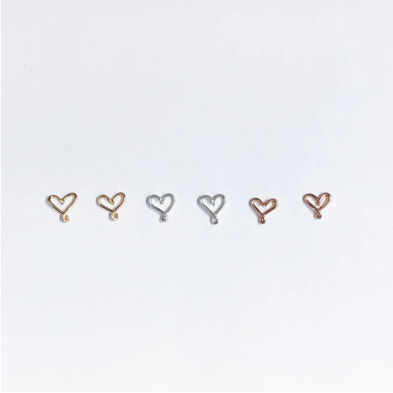WIRED FOR FREEDOM - HEART STUD EARRINGS
