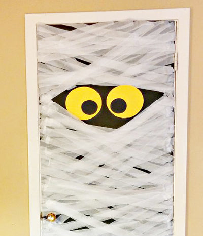 Office door decorating contest