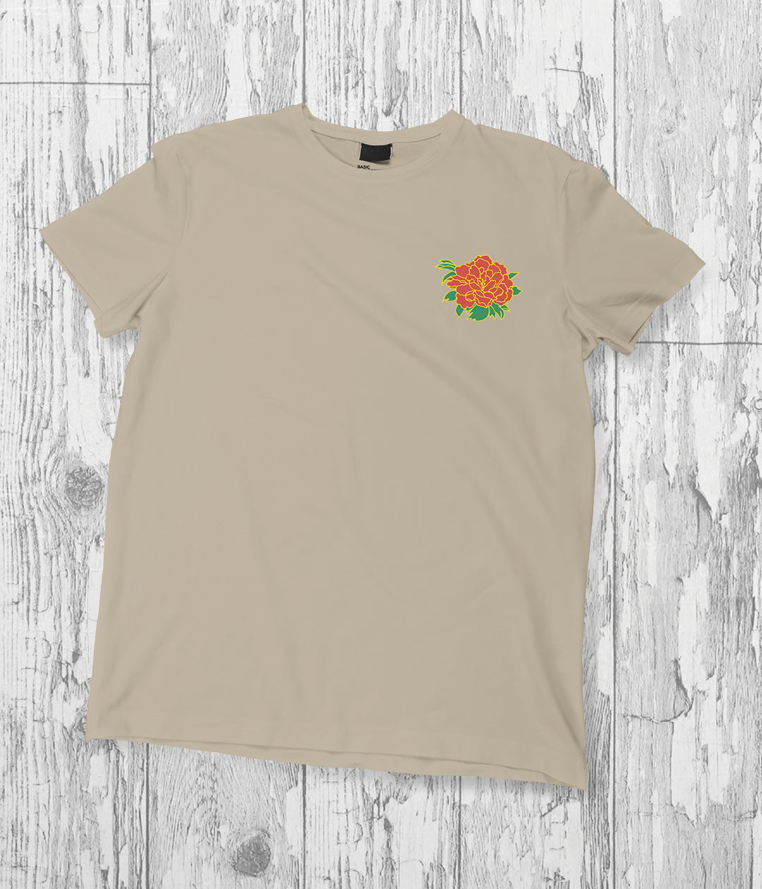 beige t shirt with kakeguri flower print on left breastu