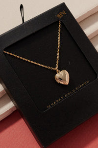 Locket Necklace (GOLD)