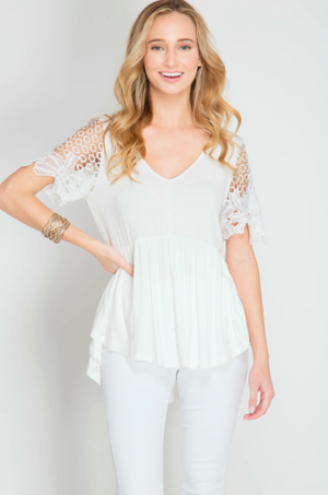 Short Sleeve Top With Floral Crochet Lace Sleeves