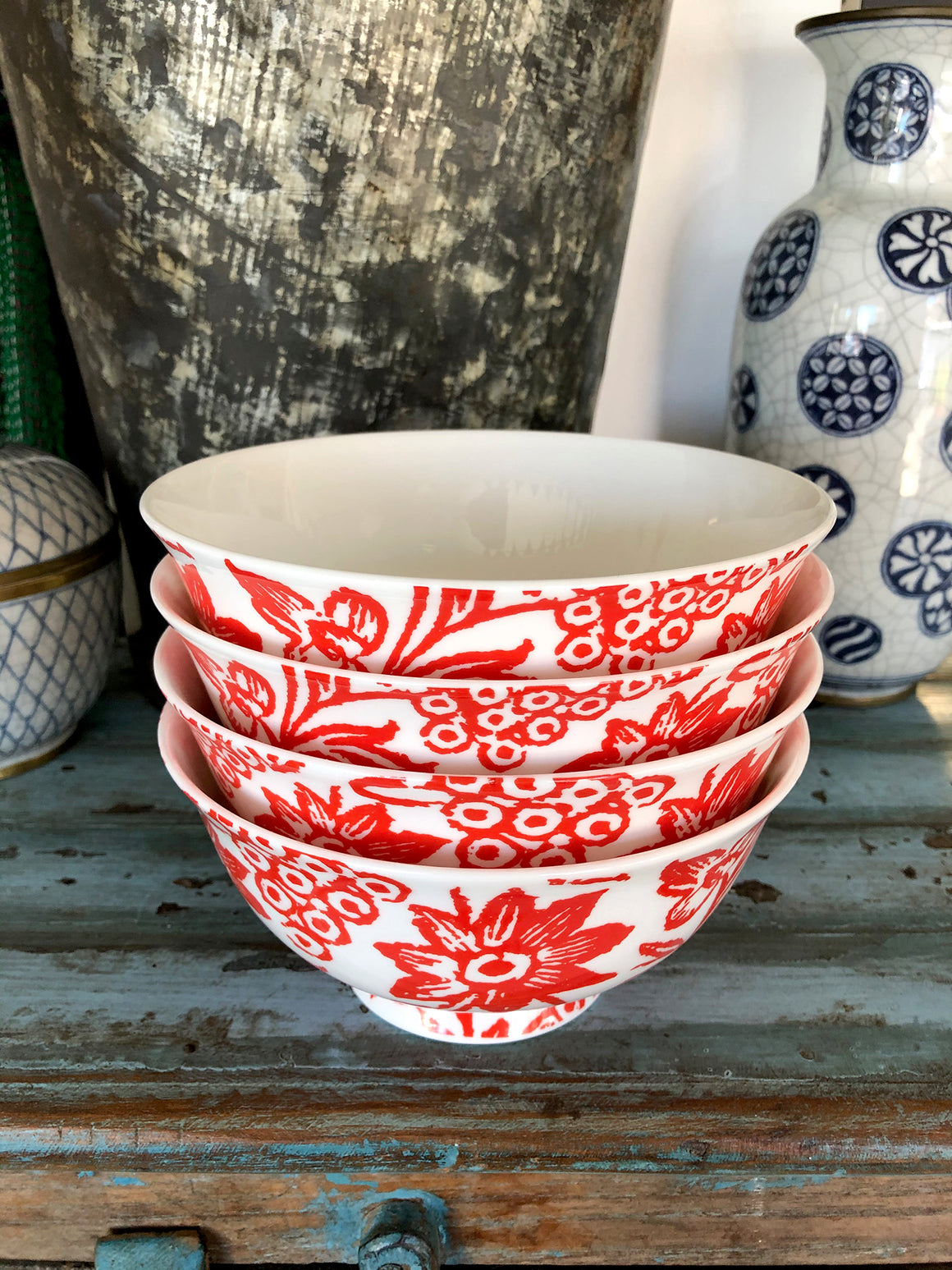 Bone china bowl set