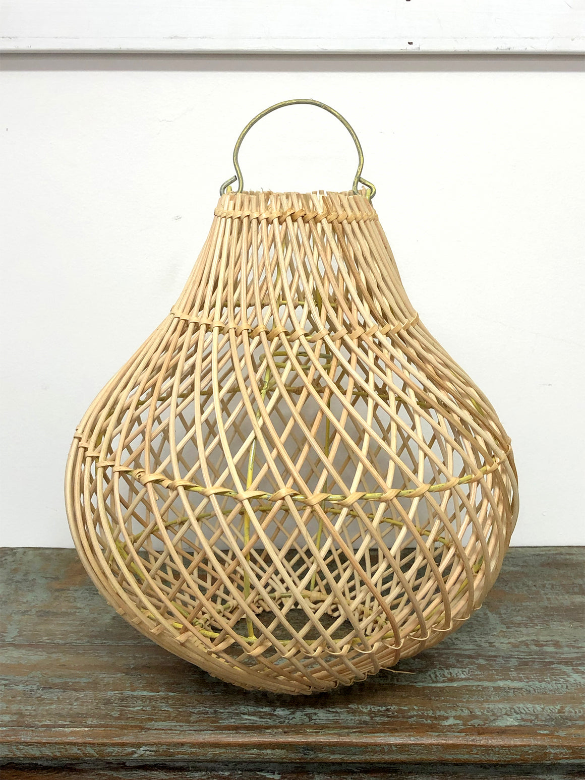 Wicker pear light shade