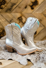 Corral Metallic Silver Town Policy Boots