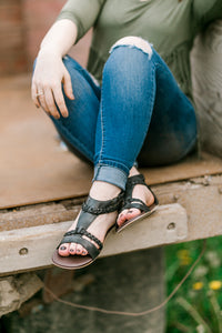 Posey Sandals [Black/White]