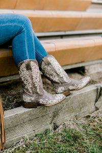 Corral Davia Sand & Ivory Square Toe Boots [Ladies]