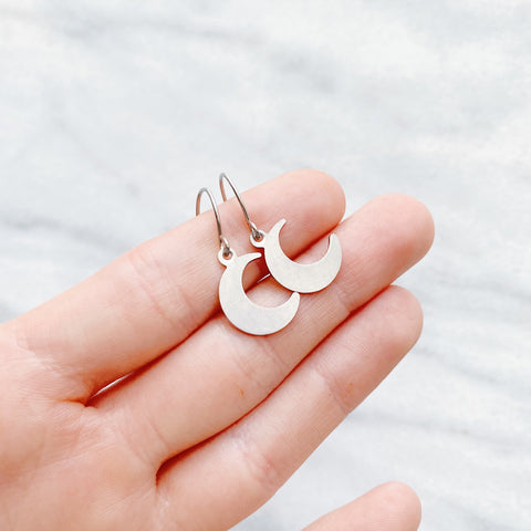 Dainty Luna Earrings - Sun & Co.