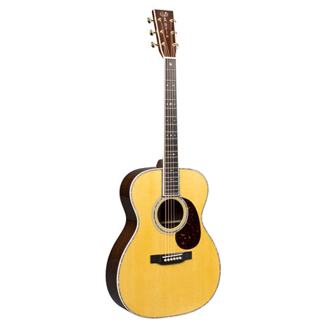 Martin & Co. 00042: Standard Series Auditorium Acoustic Guitar