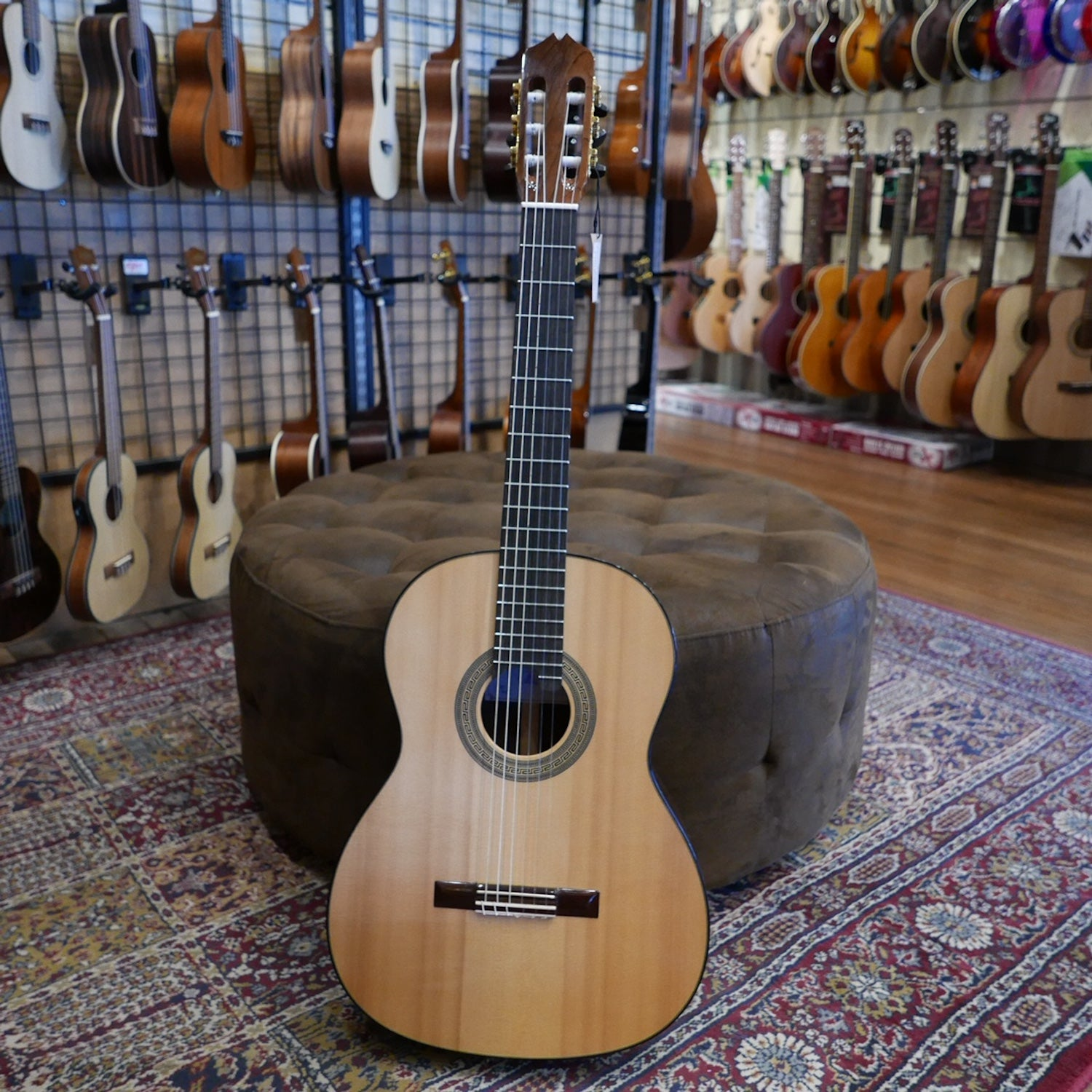 Tony Morison Handmade Spruce/CSA Rosewood #20 Classical Guitar in case