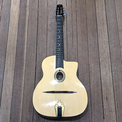 Altamira Gypsy Jazz Model T Oval Hole Birdseye w/Case