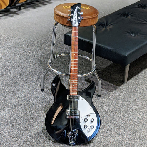 Rickenbacker R-330JG JetGlo Black w/Case - Used