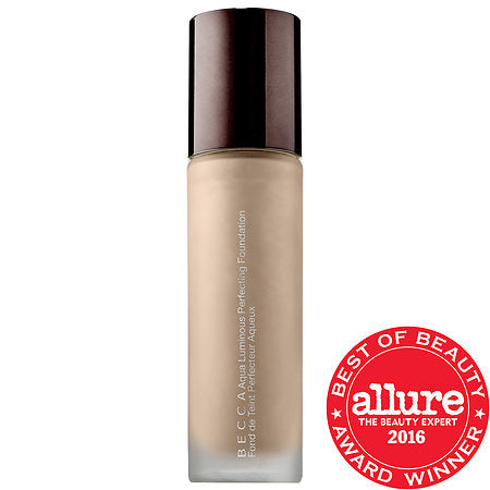 AQUA LUMINOUS PERFECTING FOUNDATION