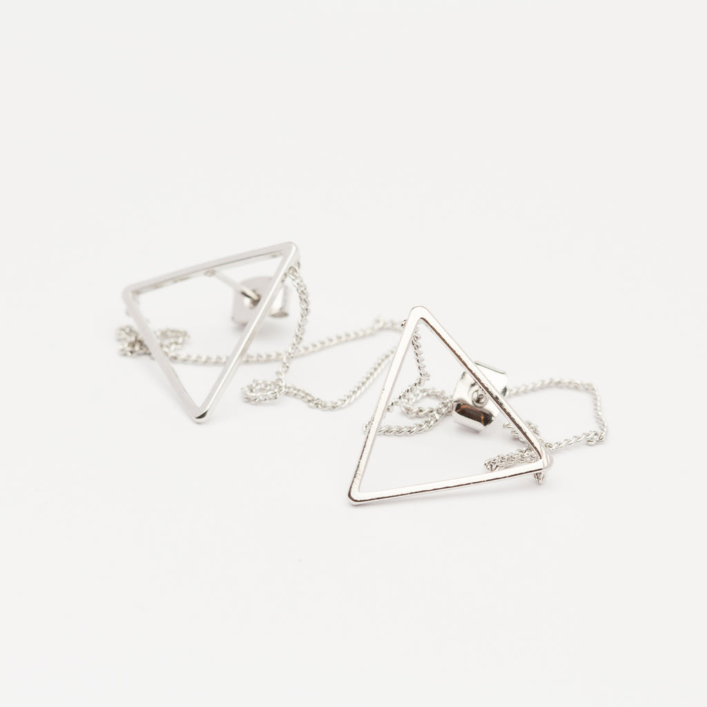TRIANGLE CHAIN EARRINGS - SILVER