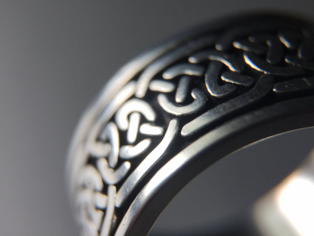 Sterling silver ring with embossed Celtic pattern