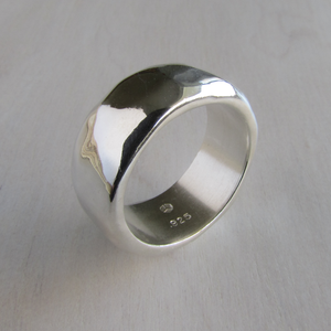 Modern Sterling Silver Ripple Ring - Oddbox Studio