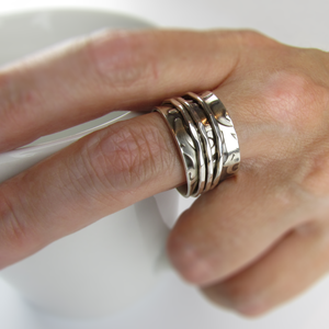 Spinner Ring with Scroll Pattern - Oddbox Studio
