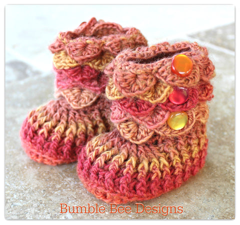 Crocodile Stitch Baby Booties That Stay On, Baby Slippers, New Baby Gift, Merino wool