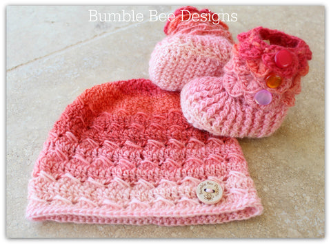 Baby Beanie - Baby Hat - Baby Booties - Baby Set in Pink Rainbow colours