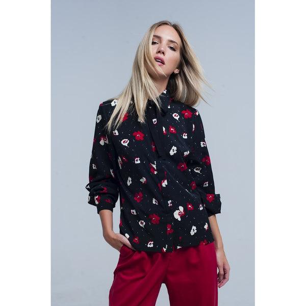 Black shirt with red and white flowers - LB Boutique